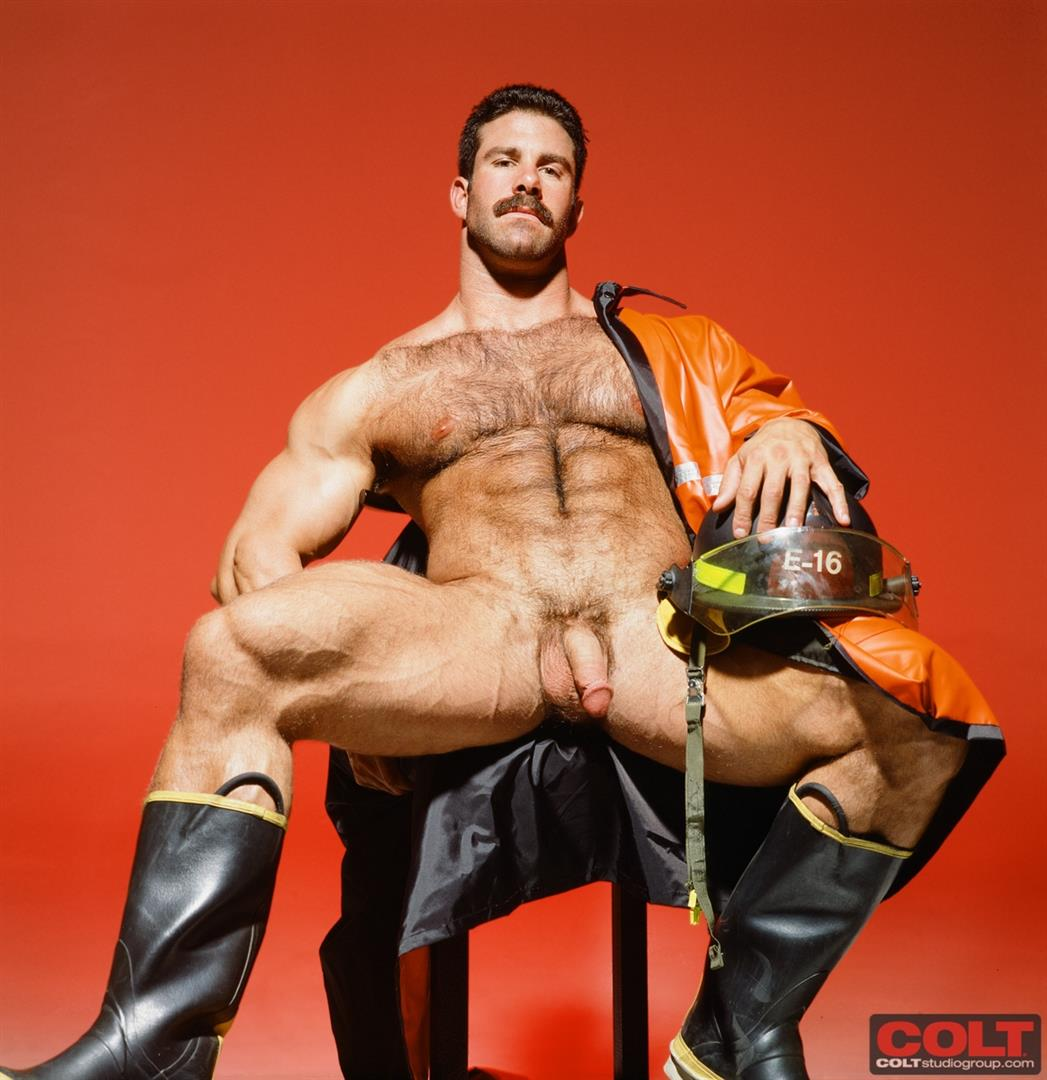Colt-Studio-Group-Pete-Kuzak-Hairy-Muscle-Hunk-With-Hairy-Cock-Amateur-Gay-Porn-13 Hairy Muscle Hunk Colt Icon Pete Kuzak Showing It All