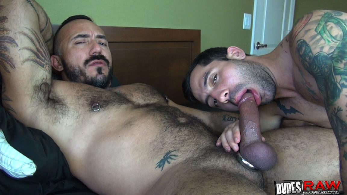 Hairy daddy muscle naked