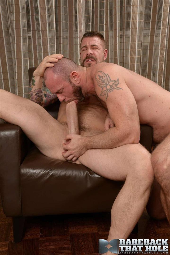 Bareback-That-Hole-Rocco-Steele-and-Matt-Stevens-Hairy-Muscle-Daddy-Bareback-Amateur-Gay-Porn-01 Hairy Muscle Daddy Rocco Steele Breeding Matt Stevens