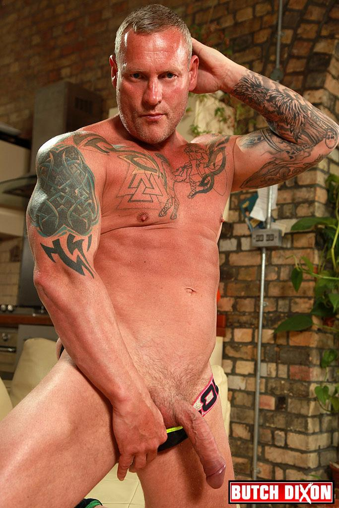 "Butch-Dixon-Big-T-British-Muscle-Daddy-With-A-Big-Uncut-Cock-Amateur-Gay-Porn-10 British Muscle Daddy Jerking Off His Big 9"" Uncut Cock"
