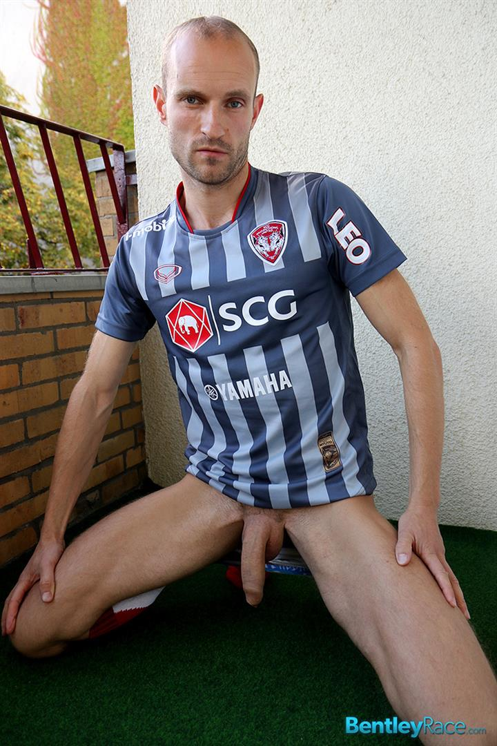 Bentley-Race-Dave-Neubert-German-Guy-With-A-Big-Uncut-Cock-Gets-Fucked-Big-Uncut-Cock-Amateur-Gay-Porn-09 Hung German Auditions For Gay Porn and Ends Up Getting Fucked In The Ass