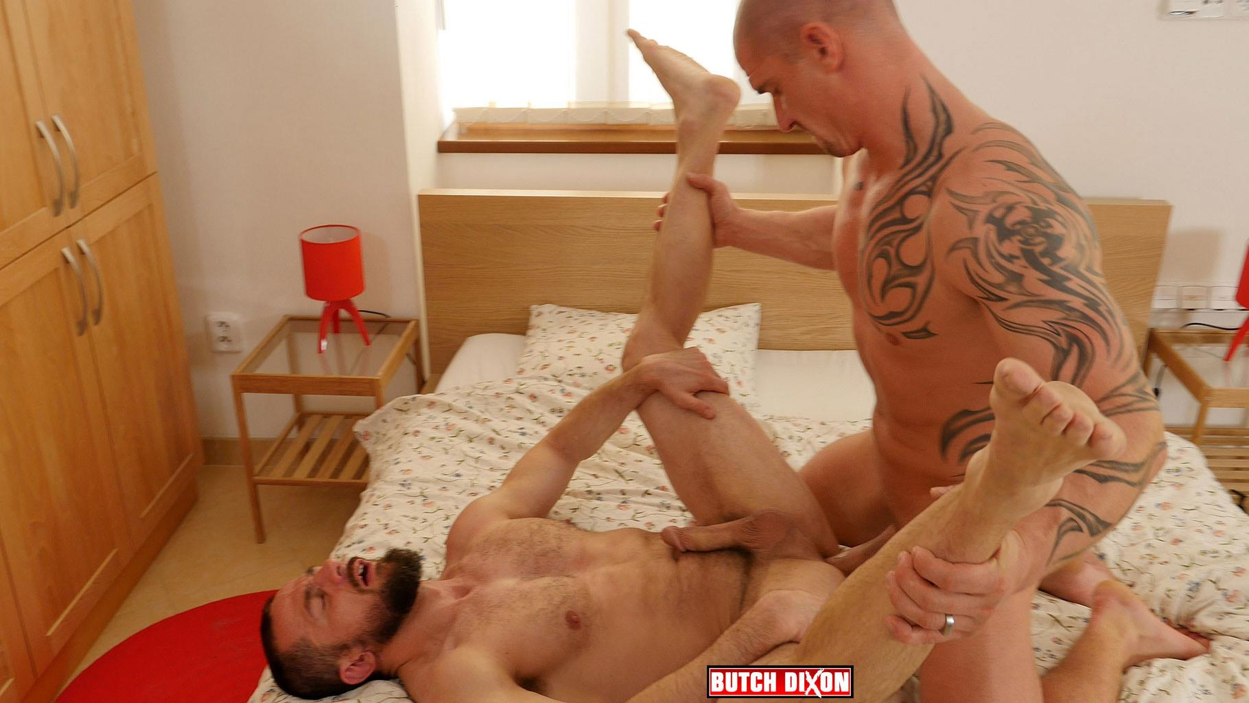 Butch-Dixon-Erik-Lenn-and-Mike-Bourne-Masculine-Guys-Fucking-Bareback-Amateur-Gay-Porn-22 Beefy Masculine Guys Fucking Bareback With A Big Uncut Cock