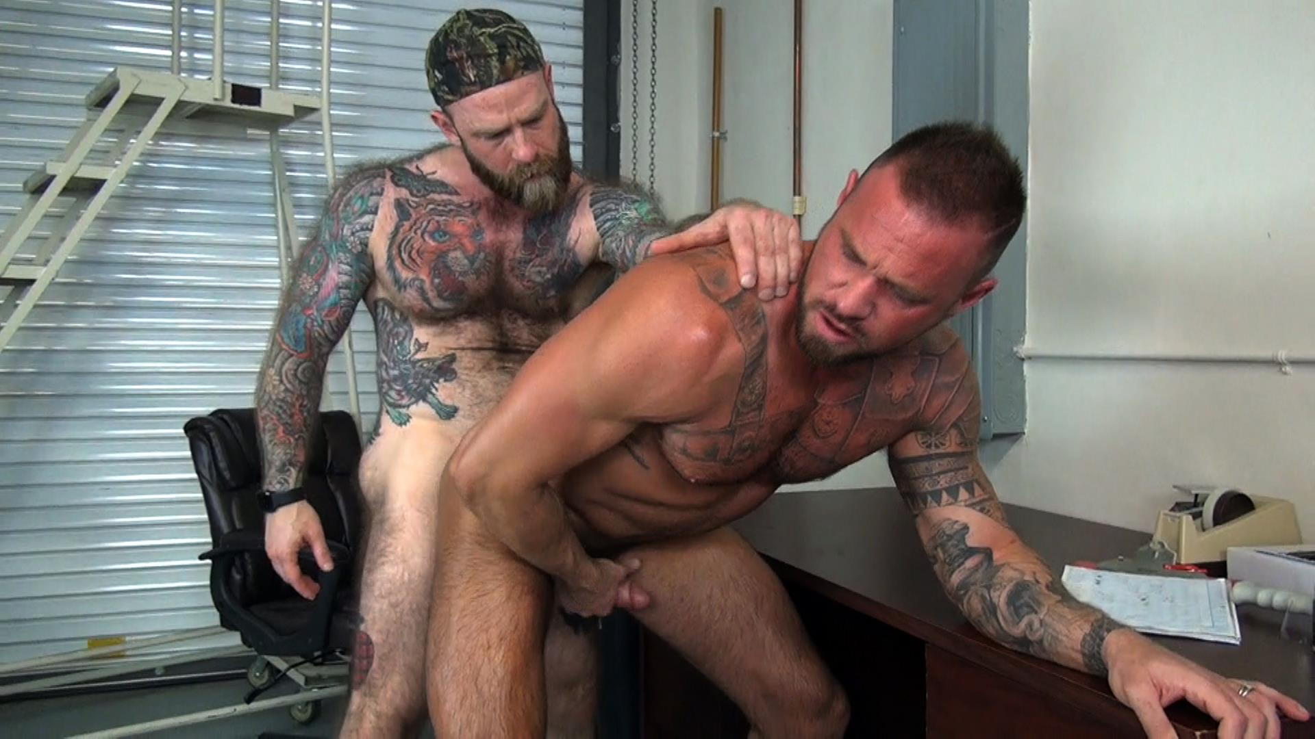 Raw-Fuck-Club-Jack-Dixon-and-Michael-Roman-Hairy-Muscle-Daddy-Bareback-Gay-Sex-Video-05 Taking A Raw Ride On Jack Dixon's Big Fat Daddy Cock