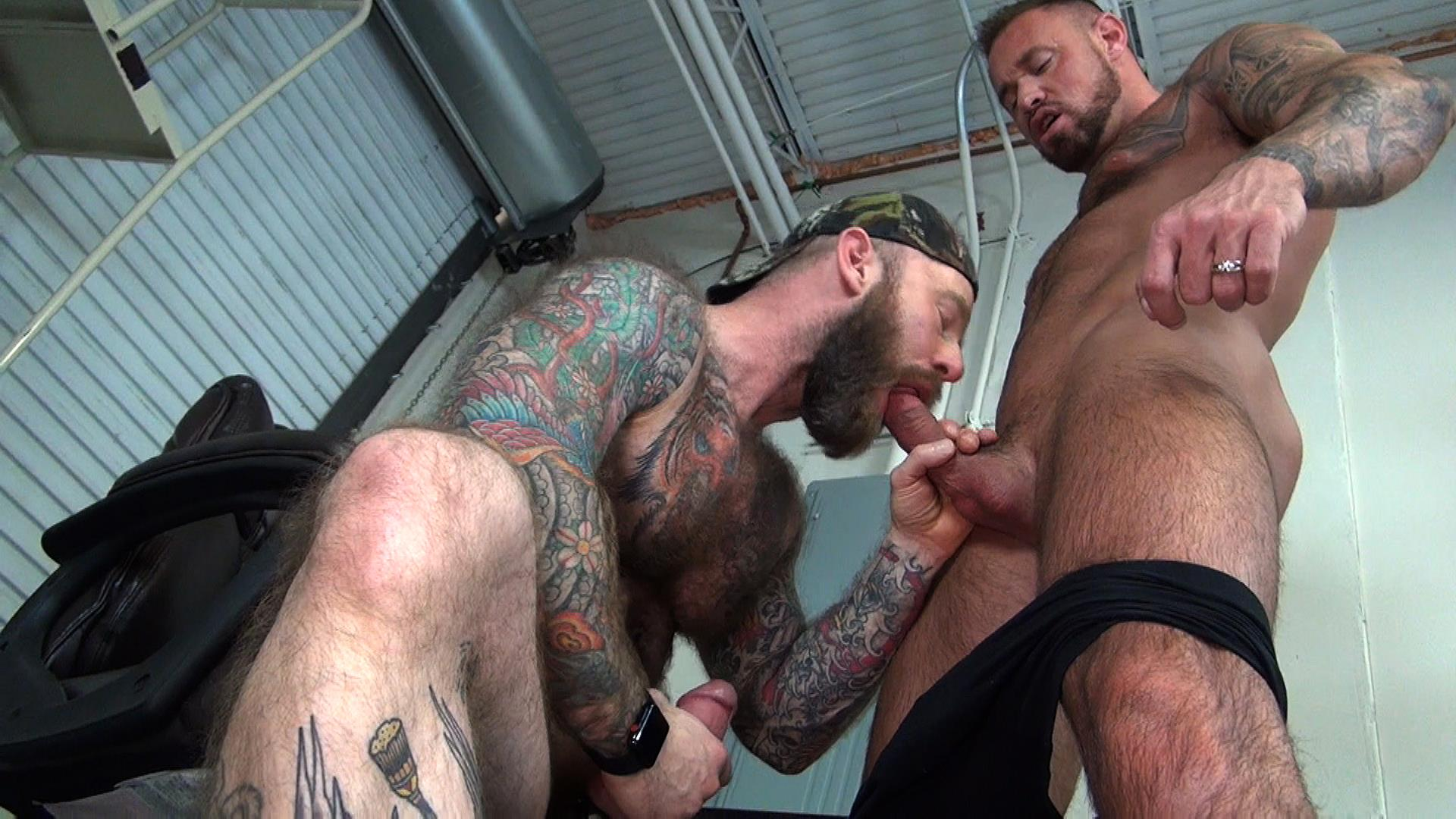 Raw-Fuck-Club-Jack-Dixon-and-Michael-Roman-Hairy-Muscle-Daddy-Bareback-Gay-Sex-Video-09 Taking A Raw Ride On Jack Dixon's Big Fat Daddy Cock